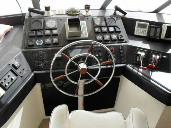 Pilothouse Motor Yacht