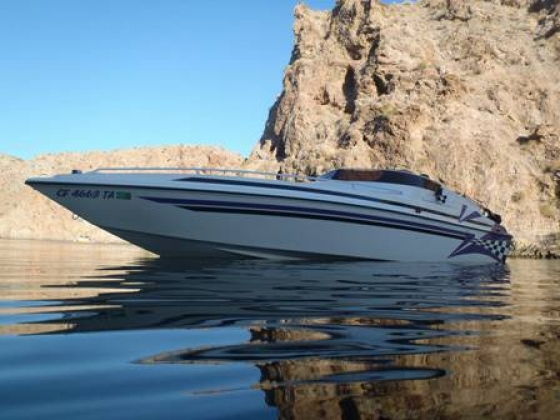 1999 Carrera Cyclone 27\\\', 454 Chevrolet Mag. Marine EFI -must see - $28500 (Porter Ranch)
