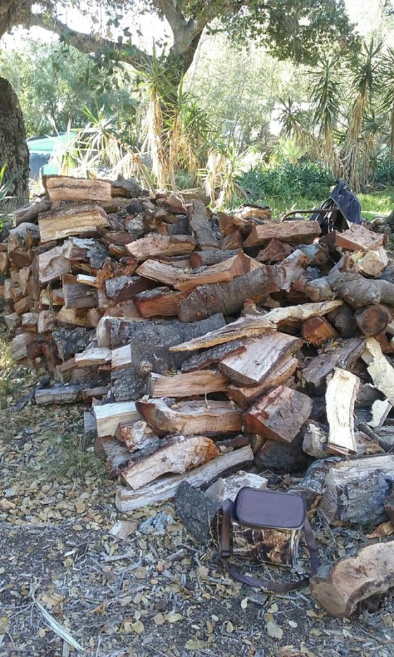 $350, OAK FIREWOOD- Split,Seasoned, Delivered and Stacked at your location! Free deliver within 50 miles!