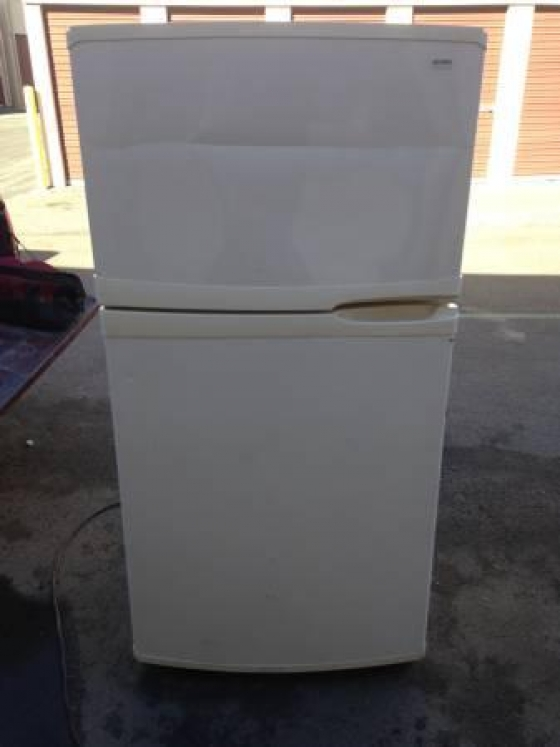 $1, Unwanted Appliance Pick up in Los Angeles refrigerator washer dryer & Stove