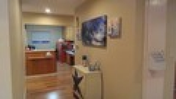 $3,500, DENTAL OFFICE AVAILABLE NOW!! ~ FOR LEASE ~ HIGH TRAFFIC CORNER at NORDHOFF STREET and LOUISE STREET! EASY ACCESS!