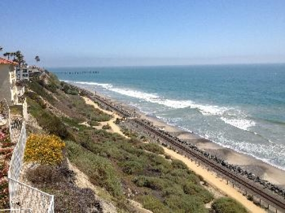 $3,985, 2br, 2 Bedroom with Amazing Ocean Views and Direct Beac