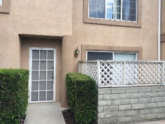 $2,100, 3br, 3br, 3ba Townhome