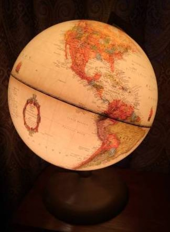 LIGHT UP GLOBE - ANTIQUE SHADED