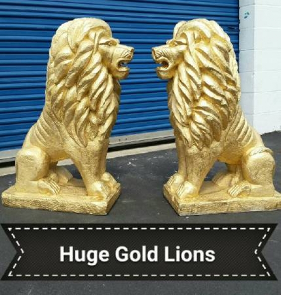 *Large Gold Lions******
