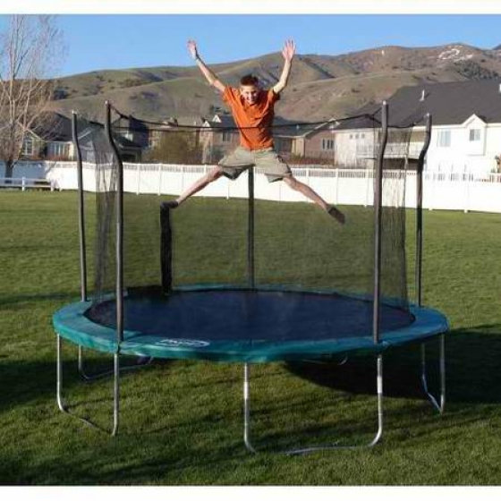12 foot round NEW Propel trampoline